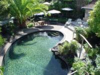 Russell Motel swimming-pool.jpg