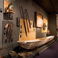 Russell Museumlogo5.jpg